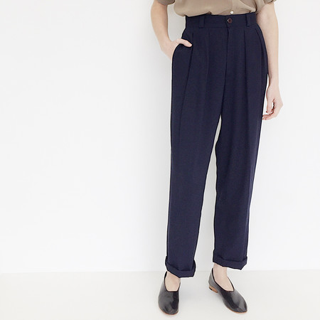Johan Vintage Navy Pleated Pant