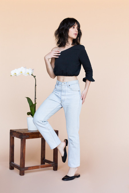 BETWEEN TEN Rachel Top - Black Linen