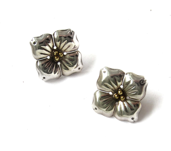 Vintage Collection Silver Flower Earrings