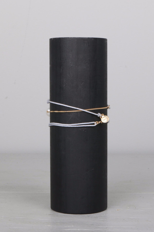 Dafne Wrap Pearl Bracelet Grey