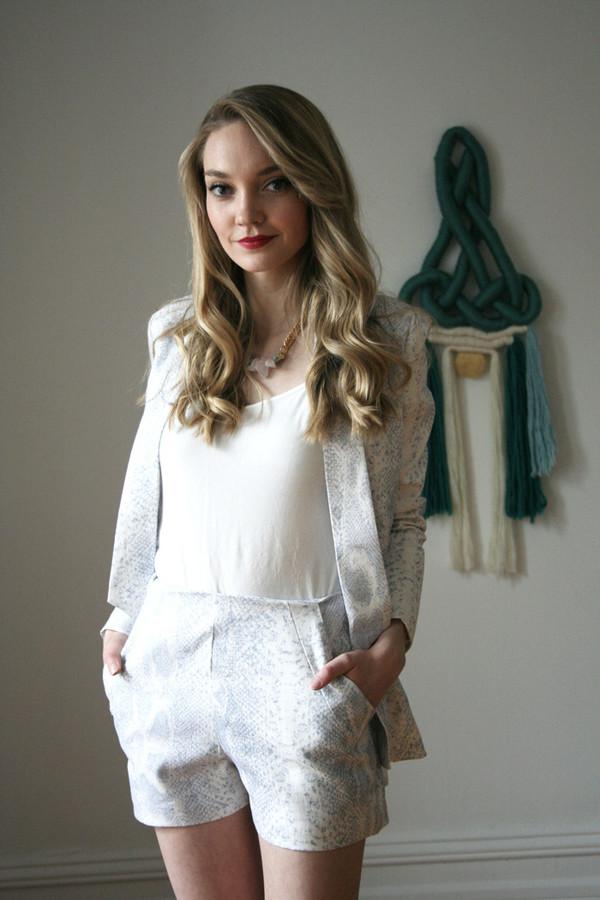 Valérie Dumaine Joni Blazer