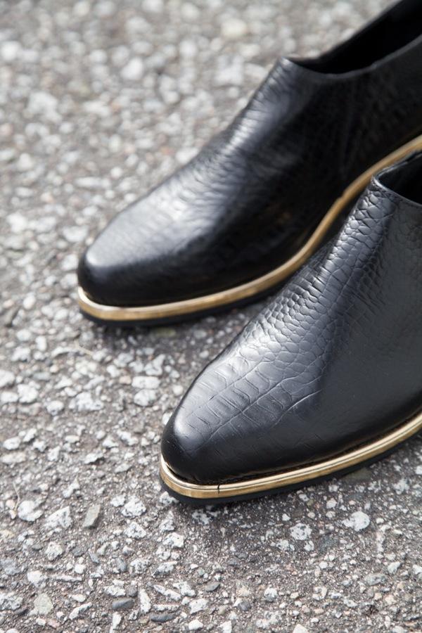 Rachel Comey Fielding Slip On | black / gold