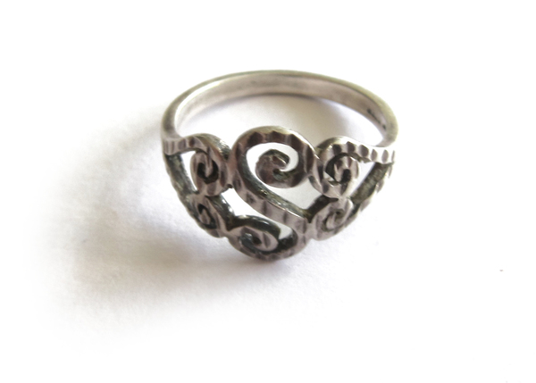 Vintage Collection Silver 'S' Pattern Ring
