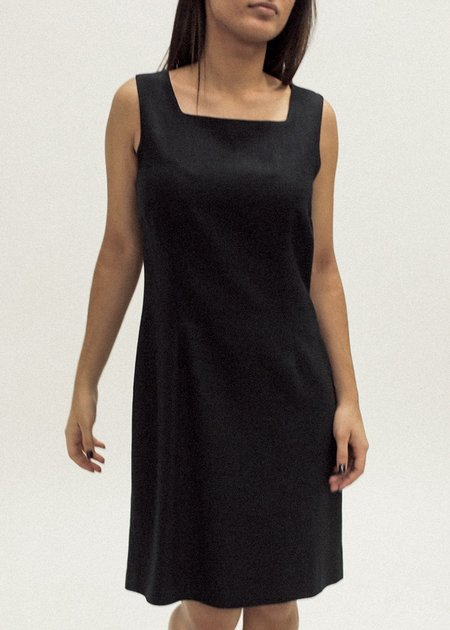 Pre by New Classics Vintage Square Neck Shift Dress