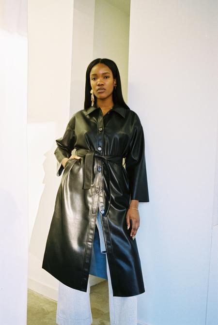 Sincerely, Tommy Lisa Coat - Black