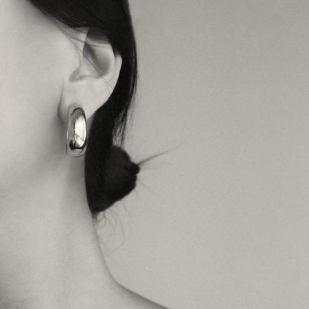 Common Muse Celia Curved Earrings