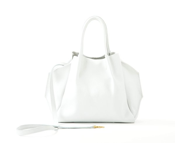 Oliveve Zoe Tote In White Pebble Cow Leather