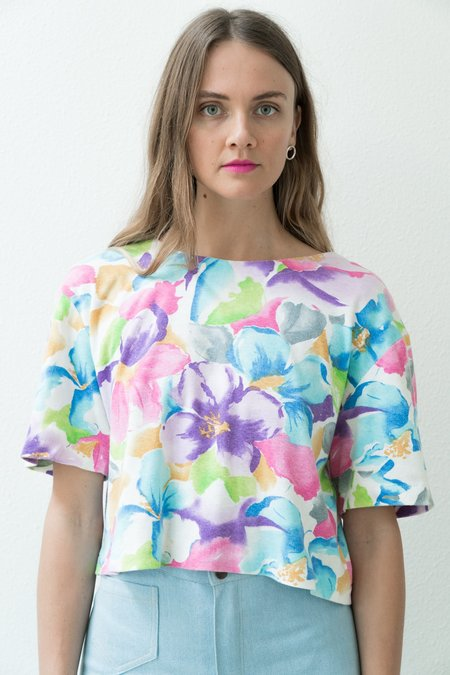 Backtalk PDX Vintage Rainbow Floral Top