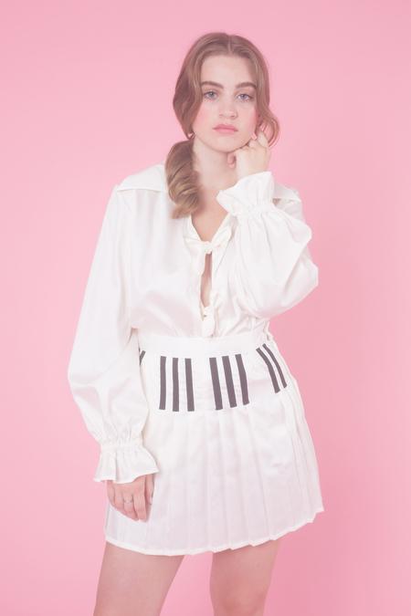 Samantha Pleet Piano Skirt in White With Black Keys