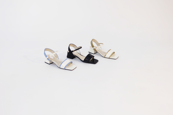 Suzanne Rae Lady Sandal in White With Gold