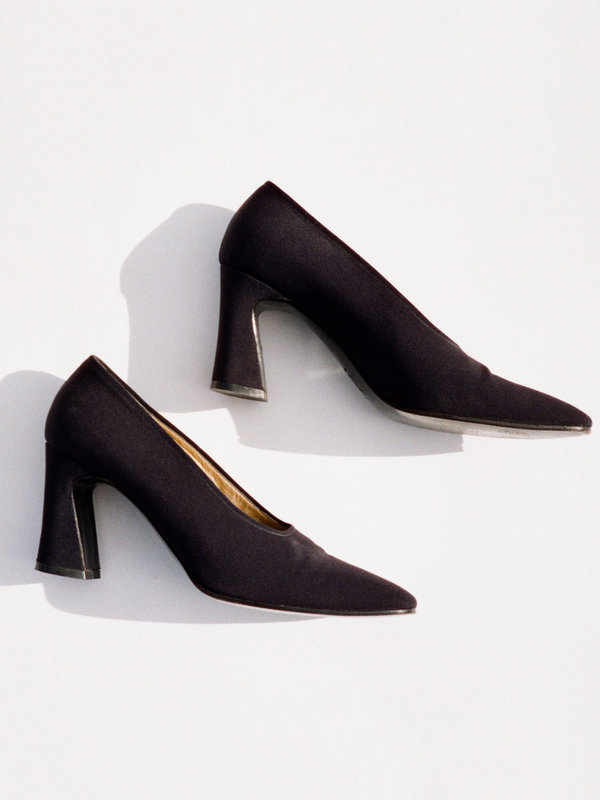 Casia Vintage Yves Saint Laurent Block Heel Pump