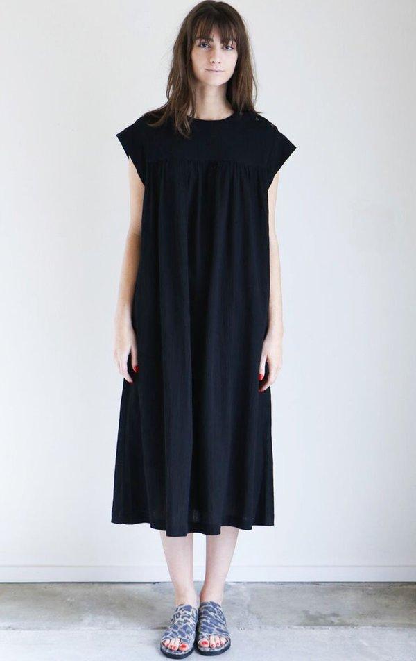 Sunja Link Yoke Dress in Black Crinkle Cotton