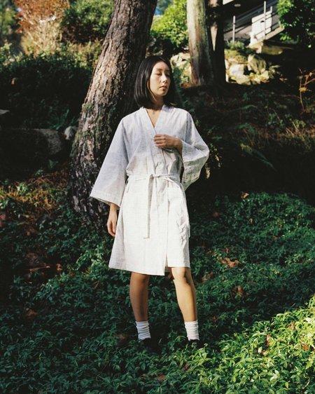 Kinda Sleepwear The Everyday Short Robe in Dot