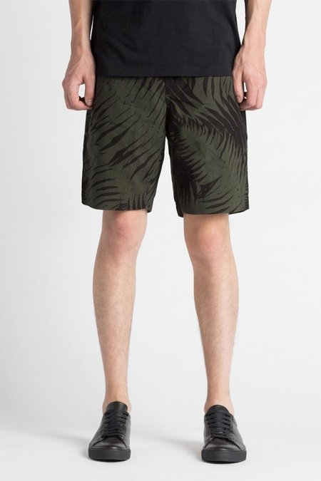 Wings + Horns Sword Fern Patrol Short - Jungle Green