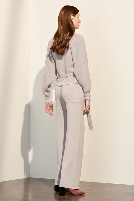 Kowtow Practice Pant in Lilac