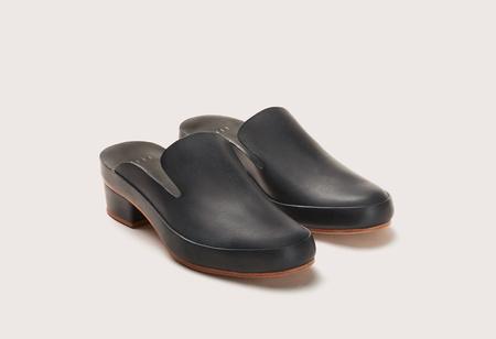 FEIT Hand Sewn Heel Mule - Black