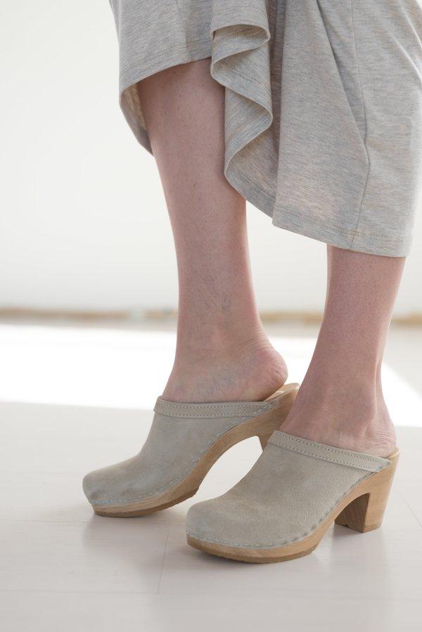 No.6 Old School High Heel Clogs in Chalk Suede