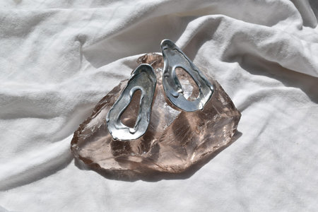 Paige Cheyne FREYJA earrings