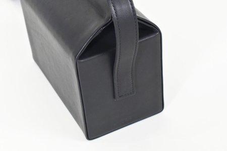 8.6.4 Design Crossbody Bag - Black