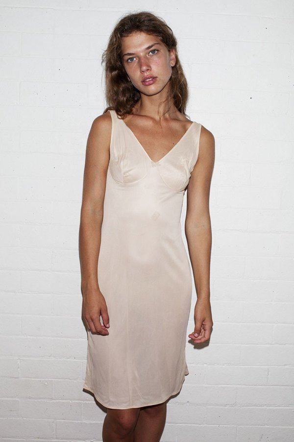 Vintage Slip Dress – Nude