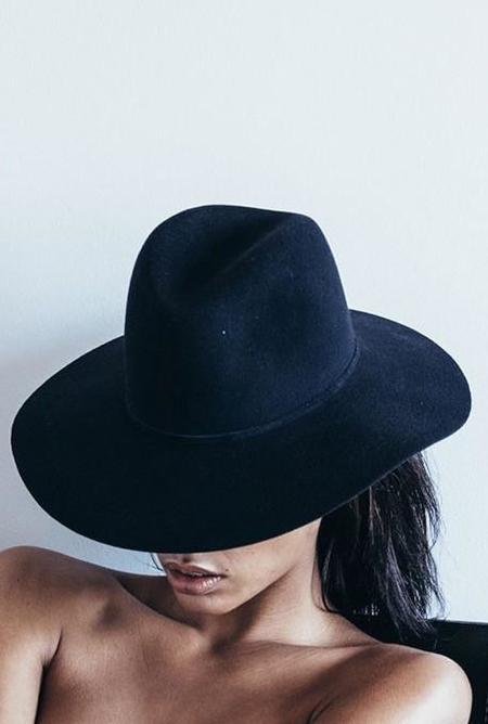 Janessa Leone Kate Hat - Navy