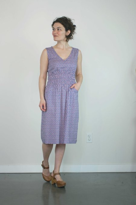 modaspia Fiji Dress - Navy and Red floral