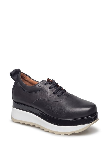 Won Hundred Jupiter Sneaker - Black