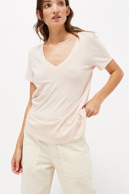 Lacausa Clothing Classic V-Neck Top