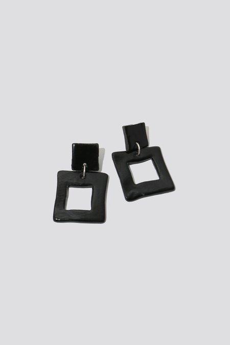 Levéns Jewels X Earrings - Black