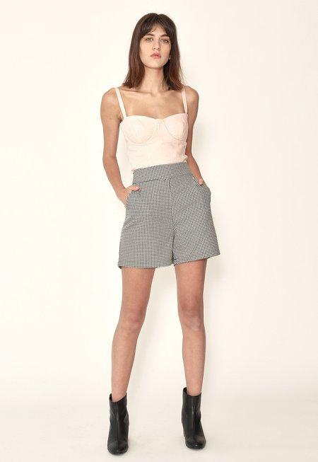 Just Female Amalie Shorts - Houndstooth