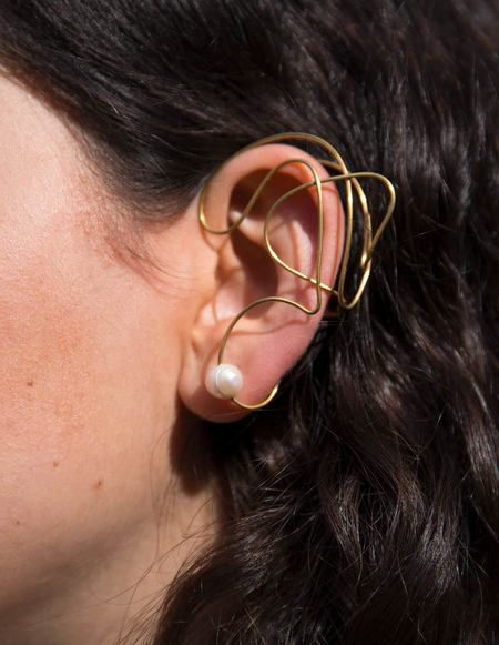 Ellipsee x Masha Reva Abstract Gold Earcuff with Pearl