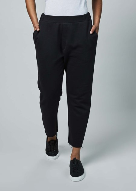 Sibel Saral F6 Cut Off Sweatpants - black