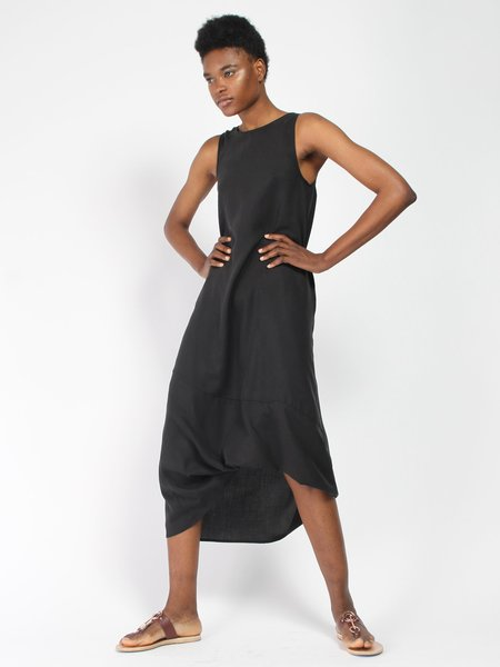 House of 950 Tuck Dress - black
