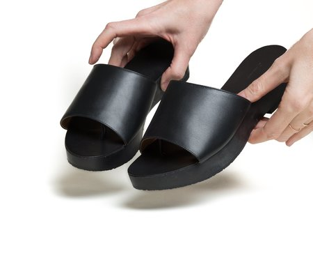 The Palatines Shoes Emano Flatform Slide Sandal - Black