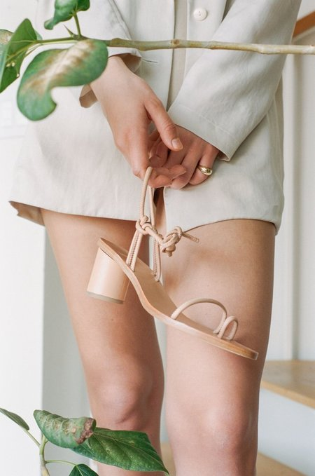 LOQ Xavi Sandal - Nude