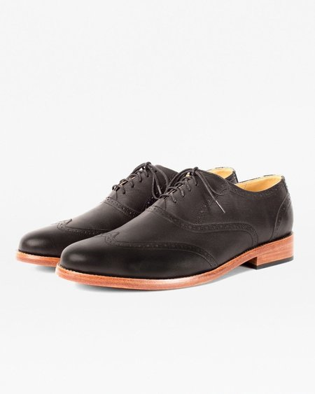 Nisolo Taylor Wingtip SHOE - Black