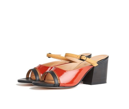 the palatines seta three piece buckled slide sandal - multi burnt patent
