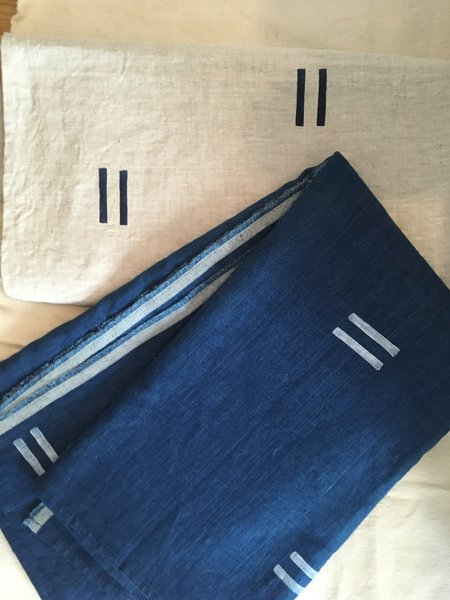 Caroline Z Hurley Linen Throw