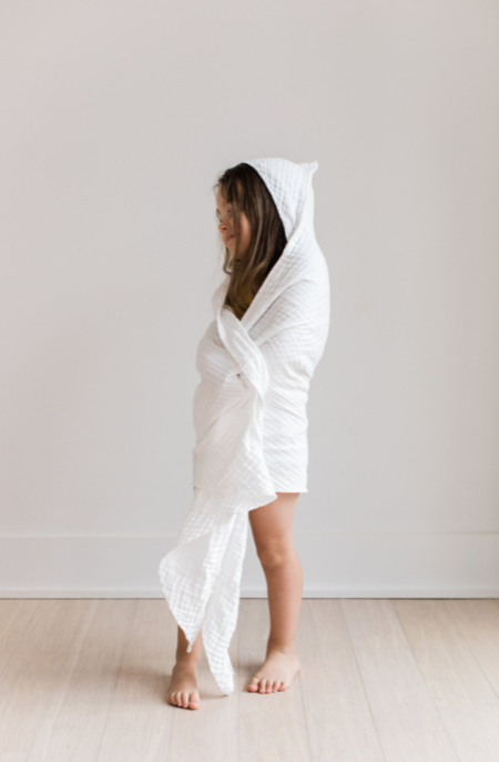 Kids Willaby Essential Hooded Towel Undyed - White