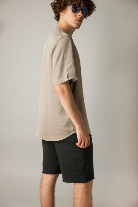 SUIT Dr T-Shirt - DARK SAND