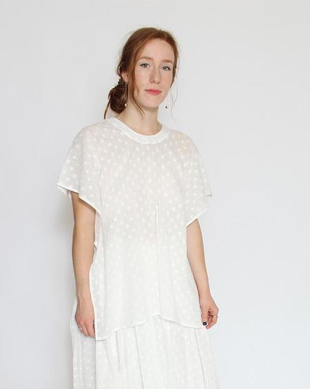 7115 by Szeki Swing Top - Off White