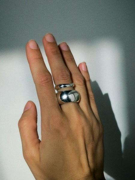 Hernán Herdez Puff Ring Set