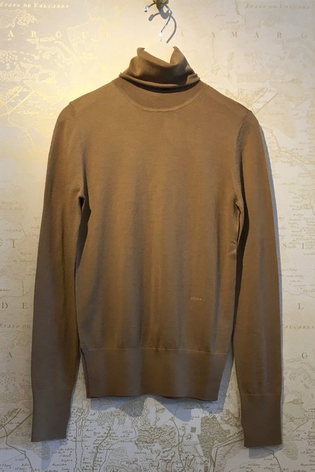 Joseph Superfine Merino Knit Turtleneck