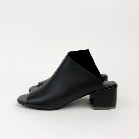 Kelsi Dagger Brooklyn Sabra Slide - BLACK