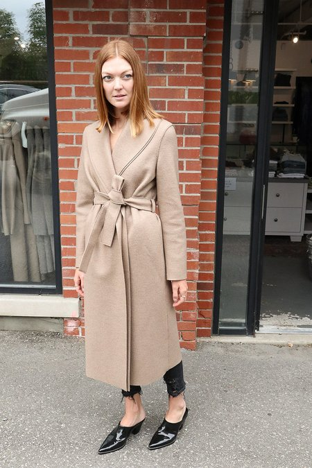 Harris Wharf Pressed Wool Robe Coat - Camel