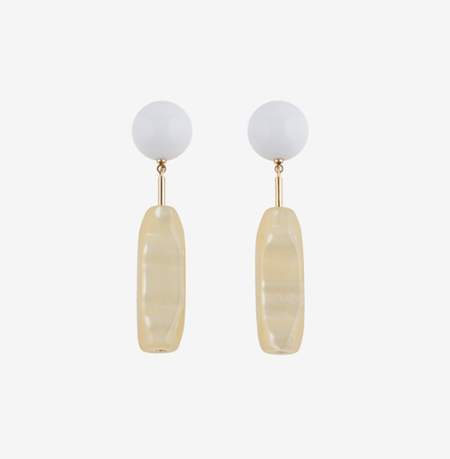 Bae Bae Shell Swan Earrings