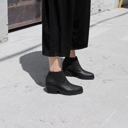 LD Tuttle The Concord Boot - Black