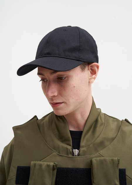 Matthew Miller Black Vulcanised Wool Cap