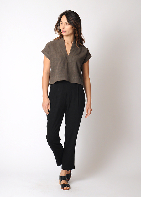 7115 by Szeki Signaure Relaxed Tapering Trouser
