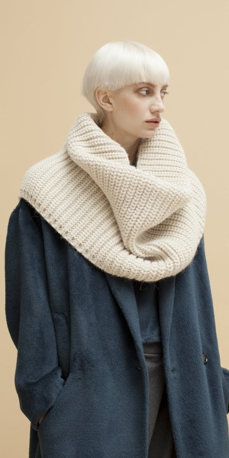 Schai Vita Snood Scarf - Winter White